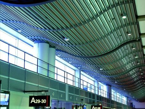 Flughafen Hamburg Terminal II (DE)