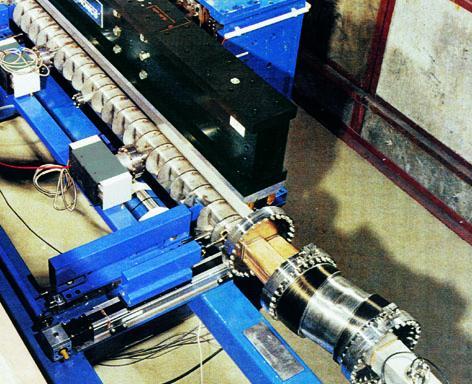 Elektronenbeschleunigungskanal DESY Hamburg (DE)
